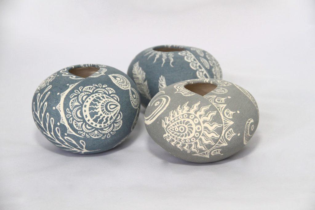 Jenny Hicks Hug Pots